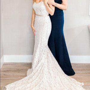 Theia Sydney 890360 Wedding Gown Size 6 NWT $1,500